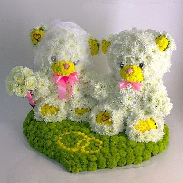 Игрушки из свежих цветов