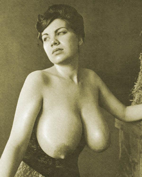 bolshaya-fotopodborka-retro-foto-devushek-s-bolshimi-siskami-porno-film-tavni-piks